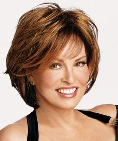 Raquel Welch Wigs Lighten Up Mother Of The Bride Hair Dos – Bing Images Hair Styles For Women Over 50, Medium Hair Styles, Short Hair Styles, Short Hair Cuts For Women Easy, Hair Medium, Mom Hairstyles, Short Hairstyles For Women, Layered Hairstyles, Modern Hairstyles