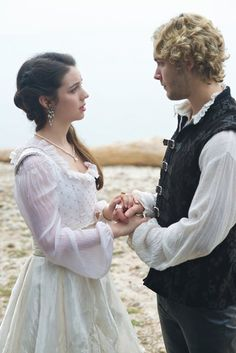 """Reign -- """"In A Clearing"""" -- Image Number: -- Pictured (L-R): Adelaide Kane as Mary, Queen of Scotland and France and Toby Regbo as King Francis II -- Photo: Sven Frenzel/The CW -- © 2015 The CW Network, LLC. All rights reserved. Adelaide Kane, Mary Stuart, Mary Queen Of Scots, Queen Mary, Serie Reign, Reign Season 3, Isabel Tudor, Reign Mary And Francis, Reign Tv Show"""