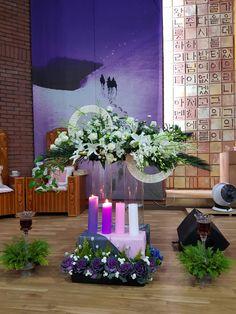 Church Flower Arrangements, Church Flowers, Floral Arrangements, Church Altar Decorations, Flower Decorations, Christmas Decorations, Advent Candles, Church Events, Advent Wreath