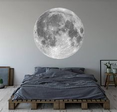 Or maybe you'll be over the moon for this dramatic lunar decal. Nursery Wall Decals, Vinyl Wall Decals, Wall Stickers, Beautiful Wall, New Room, Textured Walls, Decoration, Wall Art Decor, Bedroom Decor