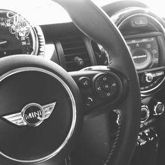 My Dream Car, Dream Cars, Mini Cabrio, Mercedes Jeep, Life Car, Mini Countryman, Mini One, Mini Cooper S, Car Photography