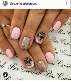 Uñas Pedicure Nail Designs, Manicure And Pedicure, Nail Art Designs, Love Nails, Fun Nails, Uñas Diy, Gelish Nails, Minimalist Nails, Heart Nails