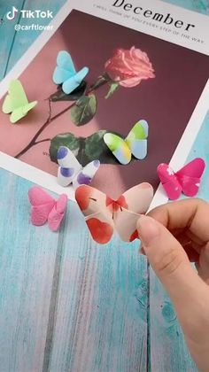 Paper Flowers Craft, Paper Crafts Origami, Paper Crafts For Kids, Flower Crafts, Paper Crafting, Diy Paper, Paper Pin, Diy Crafts Hacks, Diy Crafts For Gifts