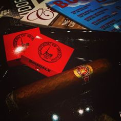 Boisdales Canary Wharf is heaven to me. Good food good atmosphere great music and glorious cigars. Ramon Allones Specially Selected. #cigars #ems #boisdales #canarywharf #glorious #cigarsnob #ramonallones #cigaraficionado #cigarlifestyle #cigarphotography #cigarporn #foodporn #magazines #tea #coffee #delish #habanos #cubancigar #fashion #stylish #red by cigars_and_tea