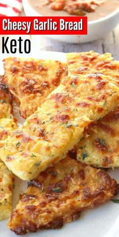 Keto Cheesy Garlic Bread - Make this delicious low carb gluten free garlic bread with 4 simple ingredient that are probably already right in your fridge! Great for low carb snacking or served as a low carb side dish! Gluten Free Garlic Bread, Cheesy Garlic Bread, Keto Bread, Healthy Garlic Bread, Low Carb Bread, Carb Free Bread, Bread Baking, Healthy Low Carb Recipes, Ketogenic Recipes