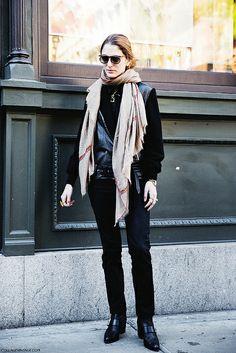 #SofiaSanchezBarrenechea looking super sleek in NYC.