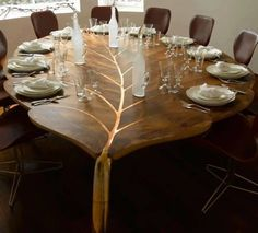 Solid wood furniture for modern interior design and decor in trending eco style. Leaf shaped dining table made of solid wood, unique furniture design! Unique Dining Tables, Wooden Dining Tables, Dining Room Table, Dining Rooms, Modern Table, Round Dining, Wooden Chairs, Timber Table, Dining Chairs