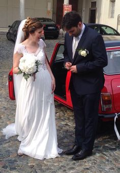 Ti sarà mica saltato un bottone? Ma se non hai ancora mangiato niente! #weddingphotography #justmarried #wedding #ilmatrimonioperfetto #vivaglisposi #matrimonio