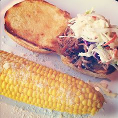 Buggie and Jellybean: What We ate Wednesday. Pulled Pork Recipes, Fish Recipes, Great Recipes, Favorite Recipes, Recipe Ideas, Yummy Recipes, Crockpot Dishes, Crock Pot Slow Cooker, Slow Cooker Recipes