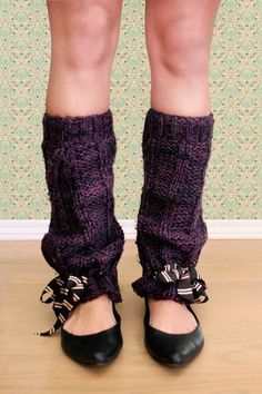 Made from the sleeves of an old sweater! How cute! These need to meet my winter wardrobe!