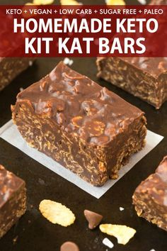 These Homemade Keto Kit Kat Bars are a GAME CHANGER! sugar free, low carb a… These Homemade Keto Kit Kat Bars are a GAME CHANGER! sugar free, low carb and dairy free, you only need 5 minutes and 5 ingredients to make these healthy candy bars LOAD Ketogenic Desserts, Keto Friendly Desserts, Keto Snacks, Ketogenic Diet, Healthy Low Carb Snacks, Healthy Food, Raw Food, Low Carb Sweets, Low Carb Desserts