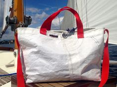 Large sail bag / Sailcloth/Beach/ Bag/ Tote f Segel Outfit, Homemade Bags, Feed Bags, Sailing Outfit, Craft Bags, Fabric Bags, Beach Tote Bags, Cloth Bags, Purses And Bags