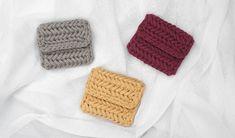 [코바늘] 헤링본 스티치 카드지갑 / 카드홀더 - crochet herrongbone stitch card holder Card Holder, Crochet, Cards, Rolodex, Ganchillo, Maps, Crocheting, Playing Cards, Knits