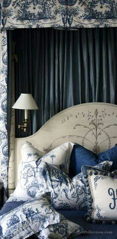 HOW DIVINE!! - IT IS NOT OFTEN ONE SEES SUCH A GORGEOUS BEDROOM DECORATED IN SHADES OF INDIGO!! ⚜  headboard............