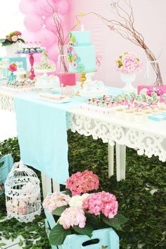 Enchanted Garden Party / Bird Theme / #babyshowerideas Baby shower ideas for boy or girl