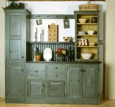 #Kitchen Idea of the Day: Early American Kitchens. (By Crown Point Cabinetry)