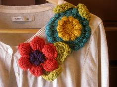 aplicacion de flores al crochet