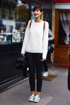 Knit and jeans. So simple. So elegant,