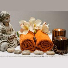 Amber Oil Benefits - For Your Massage Needs Massage Spa, Wellness Massage, Good Massage, Massage Therapy, Massage Clinic, Massage Logo, Nuru Massage, Stone Massage, Thai Massage