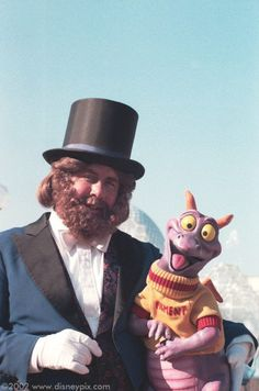 Figment ~ Journey into Imagination ~ The Dreamfinder and Figment, the original ride icons. I sure do miss the old version of this ride.