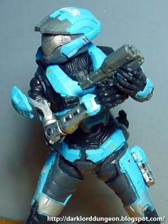 Presenting from McFarlane Toys: Lieutenant Commander Catherine: Spartan B320, more commonly known as Kat, call sign Noble 2 from the hit-X-Box video game, Halo: Reach. She is the first, to my knowledge, female SPARTAN character in the Halo series.