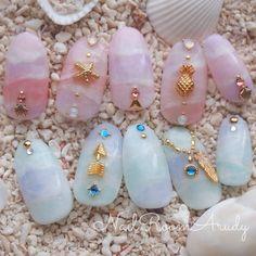 Make an original manicure for Valentine's Day - My Nails Asian Nails, Korean Nails, Love Nails, Pretty Nails, My Nails, Beach Nail Designs, Nail Art Designs, Nailart, Japan Nail
