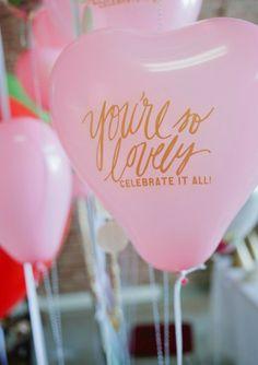 ballons bedrucken lassen mit indivuduellem schriftzug oder logo ist bei uns möglich