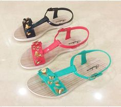 China Hot Sales Pcu Lady Sandal for 2018 Women Shoes Photos & Pictures Kids Clogs, Sandals, Lady, Hot, Women, Fashion, Moda, Shoes Sandals, Fashion Styles