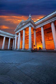 Bank of Ireland, Dublin, Ireland #travel