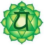 Helpful Holistic Strategies For Reiki Classes Chakra Healing Music, Chakra Art, Chakra Meditation, Heart Chakra, Meditation Music, Yoga Symbols, Chakra Symbols, Chakras Reiki, Anahata Chakra