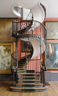 Escalier de l'atelier de Gustave Moreau, Albert Lafon architecte, 1895, Paris, musée Gustave Moreau