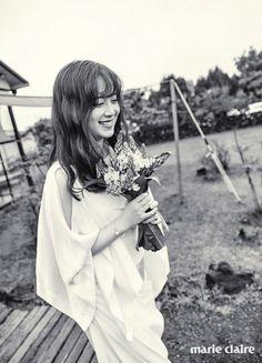 More sweet photos from Gu Hye Sun and Ahn Jae Hyun's Marie Claire photo shoot