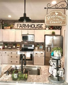 30 Wonderful Modern Farmhouse Kitchen Cabinets Decor Ideas And Makeover. If you are looking for Modern Farmhouse Kitchen Cabinets Decor Ideas And Makeover, You come to the right place. Above Kitchen Cabinets, Farmhouse Kitchen Decor, Rustic Kitchen, Kitchen Renovation, Country Kitchen, Kitchen Redo, Kitchen Cabinets Decor, Kitchen Style, Cabinet Decor