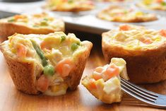 These mini chicken pot pies are SO EASY with only 4 ingredients! Such a fun and delicious 30 minute meal idea when you have a craving for comfort food! Deep Dish, Mini Empanadas, Mini Pot Pies, Lazy Lasagna, Ravioli Bake, Comfort Food, Cream Of Chicken Soup, Kid Friendly Meals, Chicken Recipes