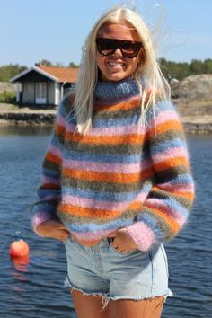 Warm And Cozy, Color Combinations, Knitting Patterns, Mittens, Turtle Neck, Pullover, Outfits, Wool, Womens Fashion