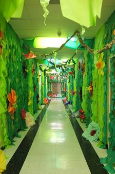 looks like these walls are already green, but I think covering the lights with green may havea similar effect - then some plastic vines down the wall and voila!