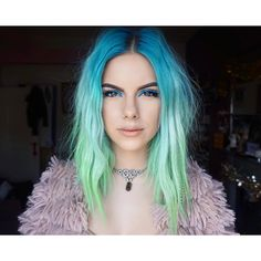 40 amazing ideas for Mermaid Hair - Hair Style 2019 Pelo Multicolor, Eye Makeup, Hair Makeup, Mermaid Hair, Mermaid Eyes, Coloured Hair, Grunge Hair, Rainbow Hair, Crazy Hair