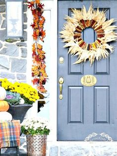 A WELCOMING FALL FRONT PORCH- Let's welcome fall and everyone who comes to your front door with the seasons best! Here's how to create a fall porch. Indian Corn Wreath, Diy Wreath, Wreaths, Fall Mums, Welcome Fall, Fall Door, Porch Decorating, Decorating Ideas, Craft Night