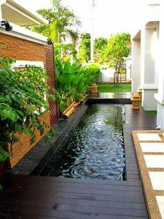 15 Fresh Ponds For Relaxing Backyard Koi Pond Design, Garden Landscape Design, Small Garden Design, Modern Backyard, Ponds Backyard, Backyard Landscaping, Backyard Patio, Landscaping Ideas, Design Fonte