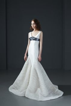 160019: Mermaid gown in #metallic organza with deep V neckline and beaded belt