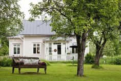 Valkoista ja punaista - White and Red Home Adore Patrick Ahearn Architect Koti Virossa - An .