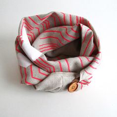 Piano Nobile & Seattle-based R&L Goods created this handmade unisex vintage-meets-modern scarf.