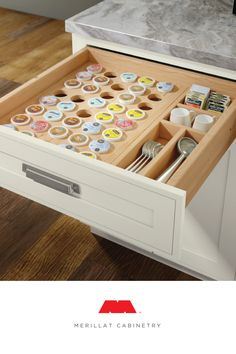 Kitchen Interior Design Keep your mornings organized with a dedicated drawer for your coffeemaker cups, perfect for any kitchen. Kitchen Organization, Kitchen Storage, Organized Kitchen, Organization Ideas, Home Renovation, Home Remodeling, Kitchen Remodeling, Layout Design, Design Ideas