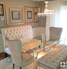 10 All Time Best Useful Tips: Dining Furniture Ideas Shabby Chic dining furniture ideas.Dining Furniture Design Home dining furniture design spaces. Home Interior, Interior Design, Apartment Interior, Interior Architecture, Small Dining, High Back Dining Bench, Small Chairs, Side Chairs, Room Colors