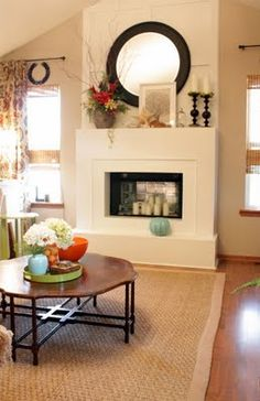 round mirror over fireplace: perhaps in a distressed white to coordinate with the sign over tv Summer Mantle Decor, Fireplace Mantle, Fireplace Ideas, Home Comforts, Home Living Room, Room Inspiration, Home Accessories, Diy Home Decor, Family Room