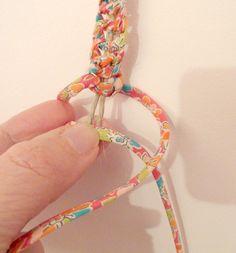 Bracelet macramé lin/liberty, tuto inside !