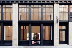 NEW YORK CITY – Earlier this month, SoHo's chic neighbourhood welcomed the arrival of the first Thakoon retail boutique. Sleek and feminine,the 230-sq-m showroom designed by SHoP Architects merges the brand's vision of luxury with the firm's focus on experimentation. Authenticity and craftsmanship are the inherent result of the handpicked raw materials – such as wood, brass, concrete and travertine – that line the interior. The layering of concrete in small batches invites customers to…