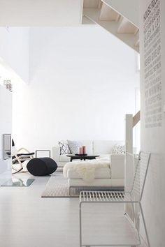 Contemporary Home Furniture #Cheapbedroommakeover Cute Living Room, Tiny Living Rooms, Living Room White, Beautiful Living Rooms, Living Room Designs, Home Design, Modern Interior Design, Interior Shop, French Interior