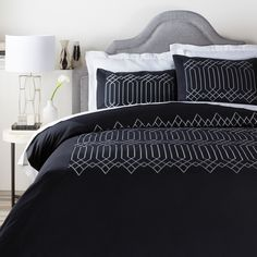 Shop for duvet covers at Bed Bath & Beyond. Buy top selling products like Frette At Home Arno Duvet Cover and Amity Home Ike Duvet Cover. King Duvet Set, King Bedding Sets, Luxury Bedding Sets, Queen Duvet, Duvet Sets, Duvet Cover Sets, King Comforter, Black Duvet Cover, Online Bedding Stores