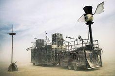 Victor Habchy revient du burningMan festival et nous offre des images d'un autre monde.